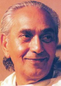 Swami Rama glancing rightwards